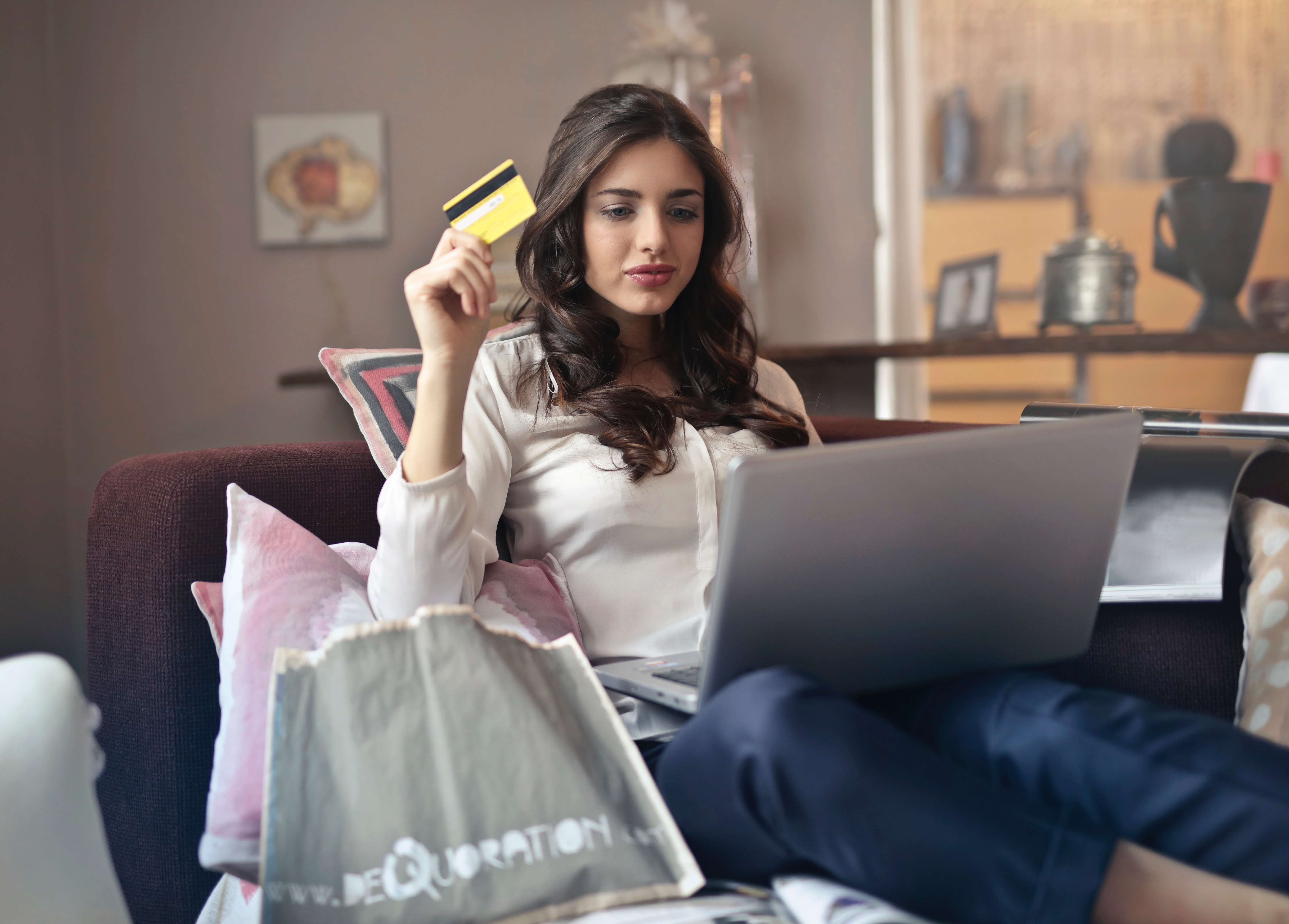 How to Attract Millennials to Your E-Commerce Platform
